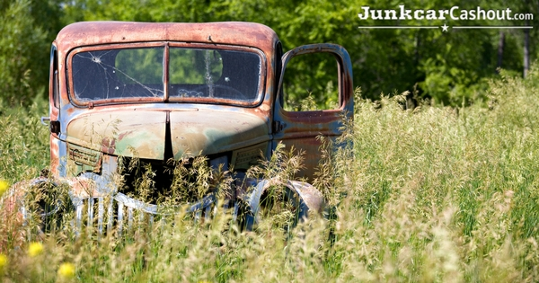 Reasons Why You Shouldn't Leave an Unused Junk Car on Your Property-3.jpg